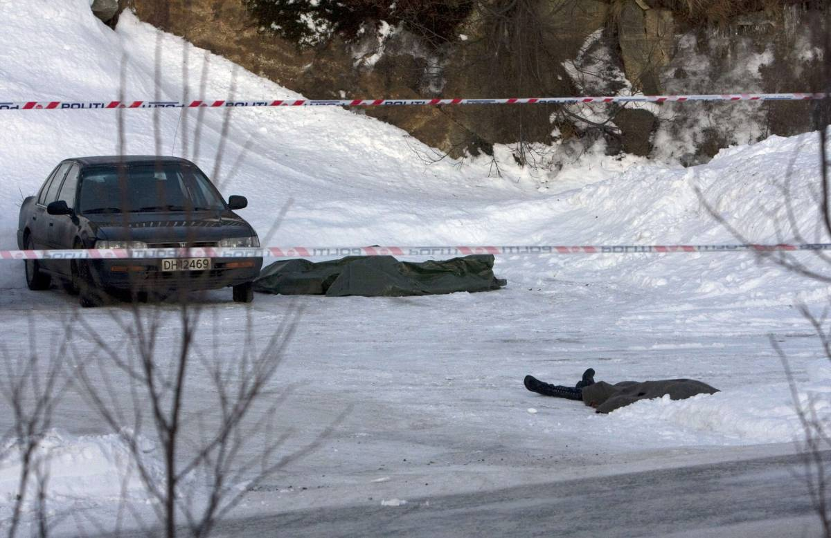 Norvegia, sparatoria fuori da scuola: 2 morti