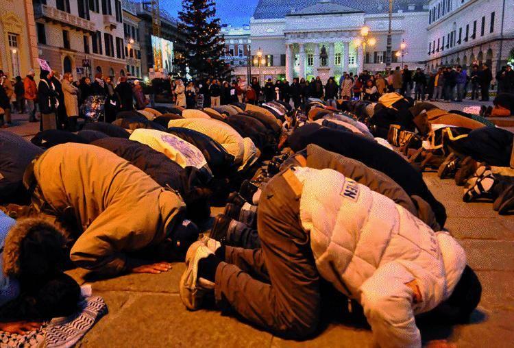 La sindaco: «Questa moschea per superare i pasticci di prima»
