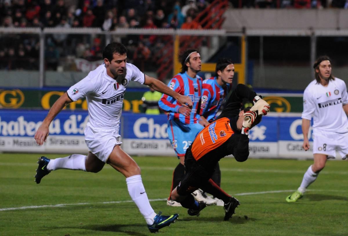 L'Inter passa a Catania  e la Juve si ferma a Udine