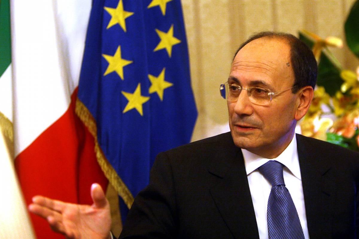 """""""Parlamento più lento del Paese, la sua riforma ormai è necessaria"""""""
