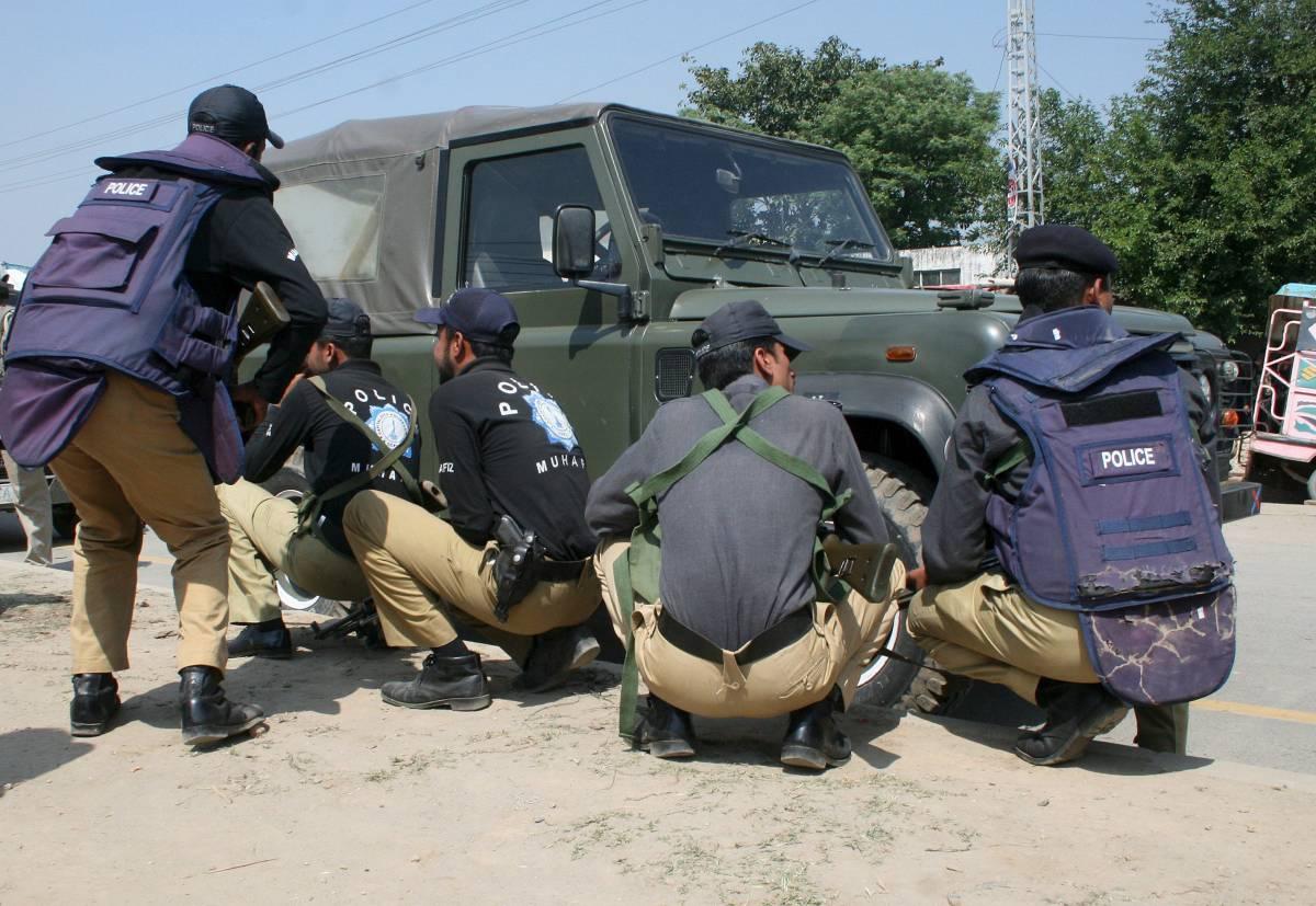 Lahore, assedio finito all'accademia