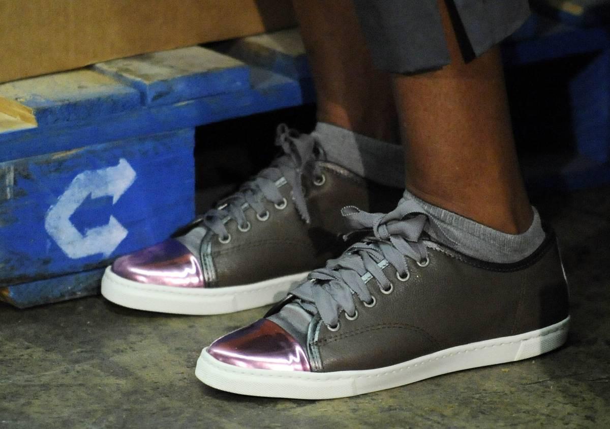Usa, scivolone per Michelle Obama:  tra i poveri con scarpe da 540 dollari
