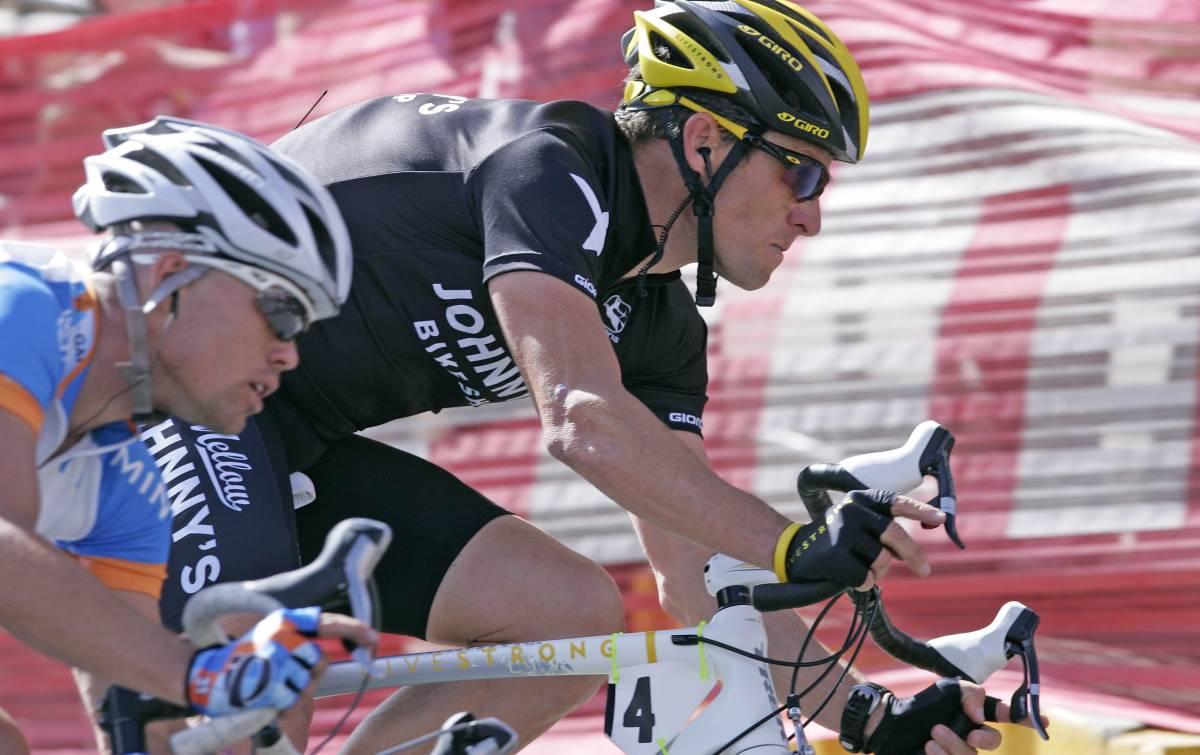 """Armstrong: """"Al Giro per aiutare Leipheimer"""". Ma nessuno gli crede"""