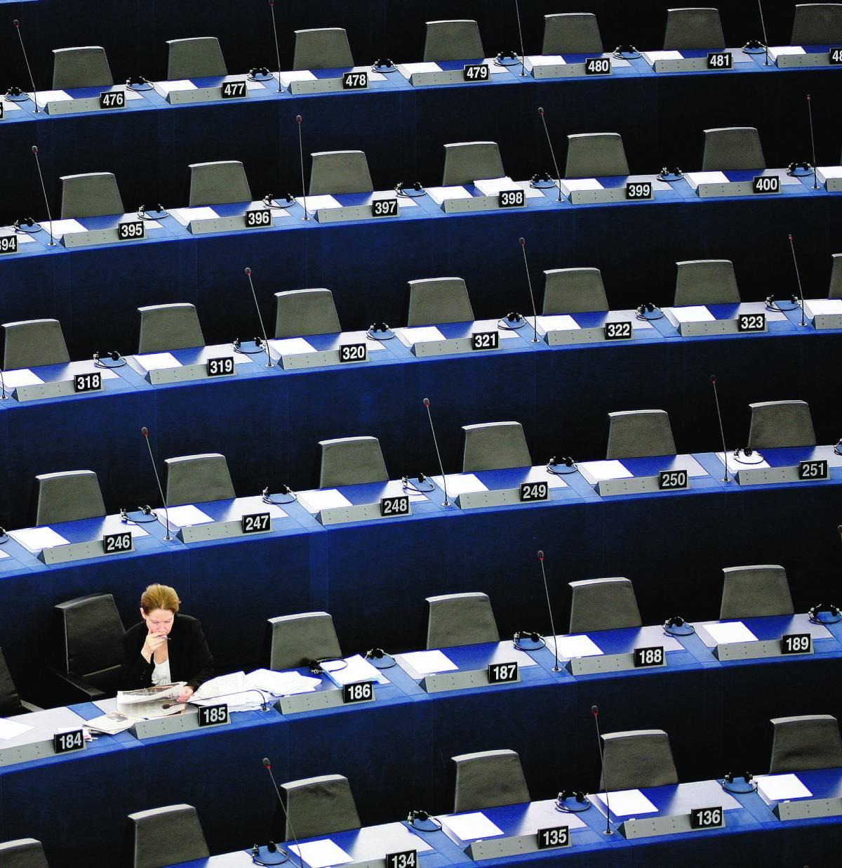 Quelli che a Strasburgo vanno a scaldar la sedia: cinque anni in silenzio