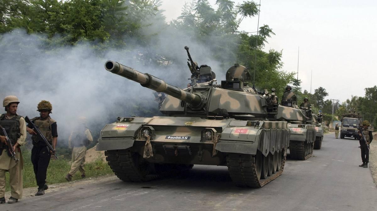 Pakistan, offensiva contro i talebani