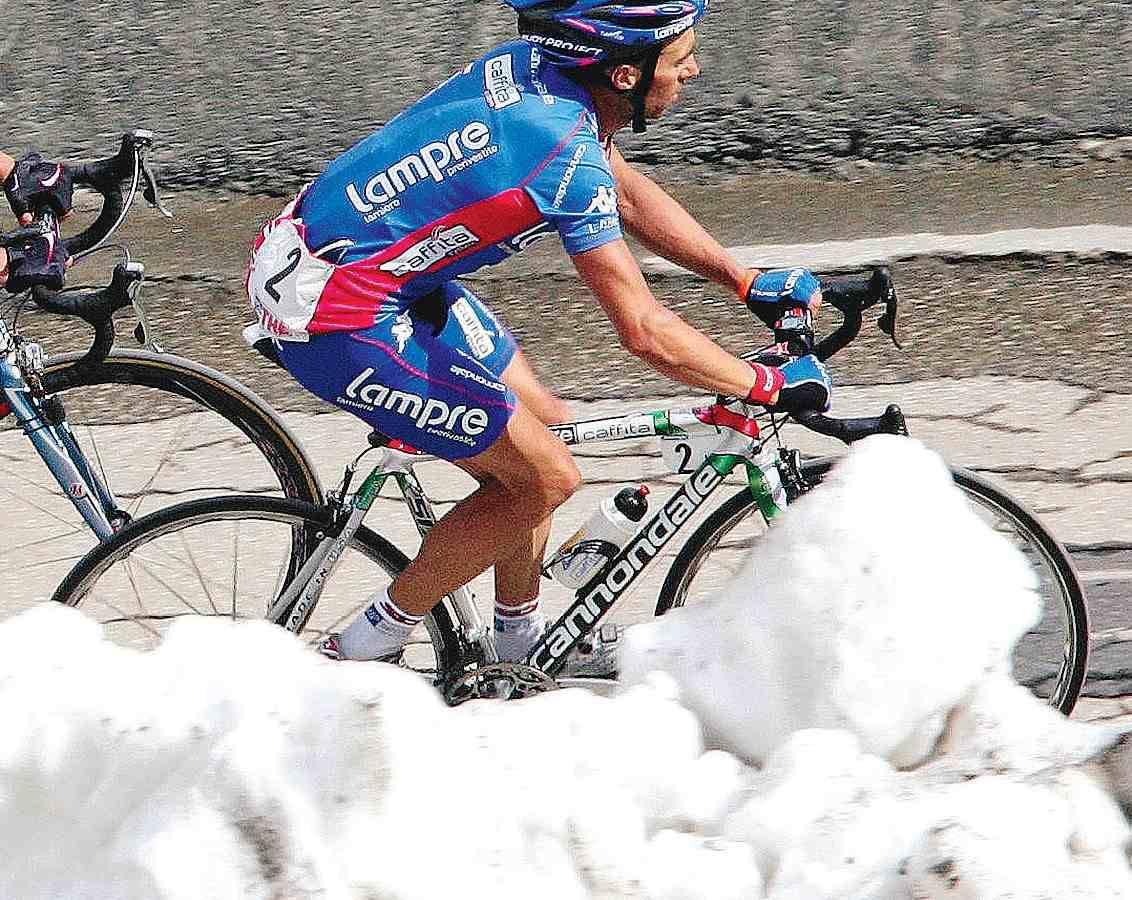 Parte il Giro del centenario  e scompaiono le montagne