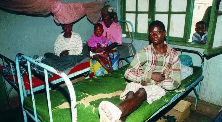 Medici in Africa, quell'ospedale di Nouna dove Filibert venne salvato in extremis