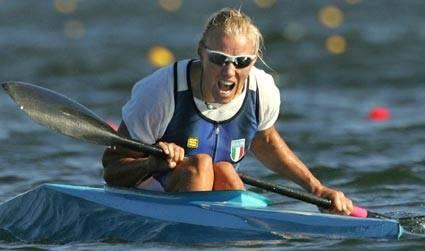 Josefa Idem tiene a battesimo la nuova stagione della canoa