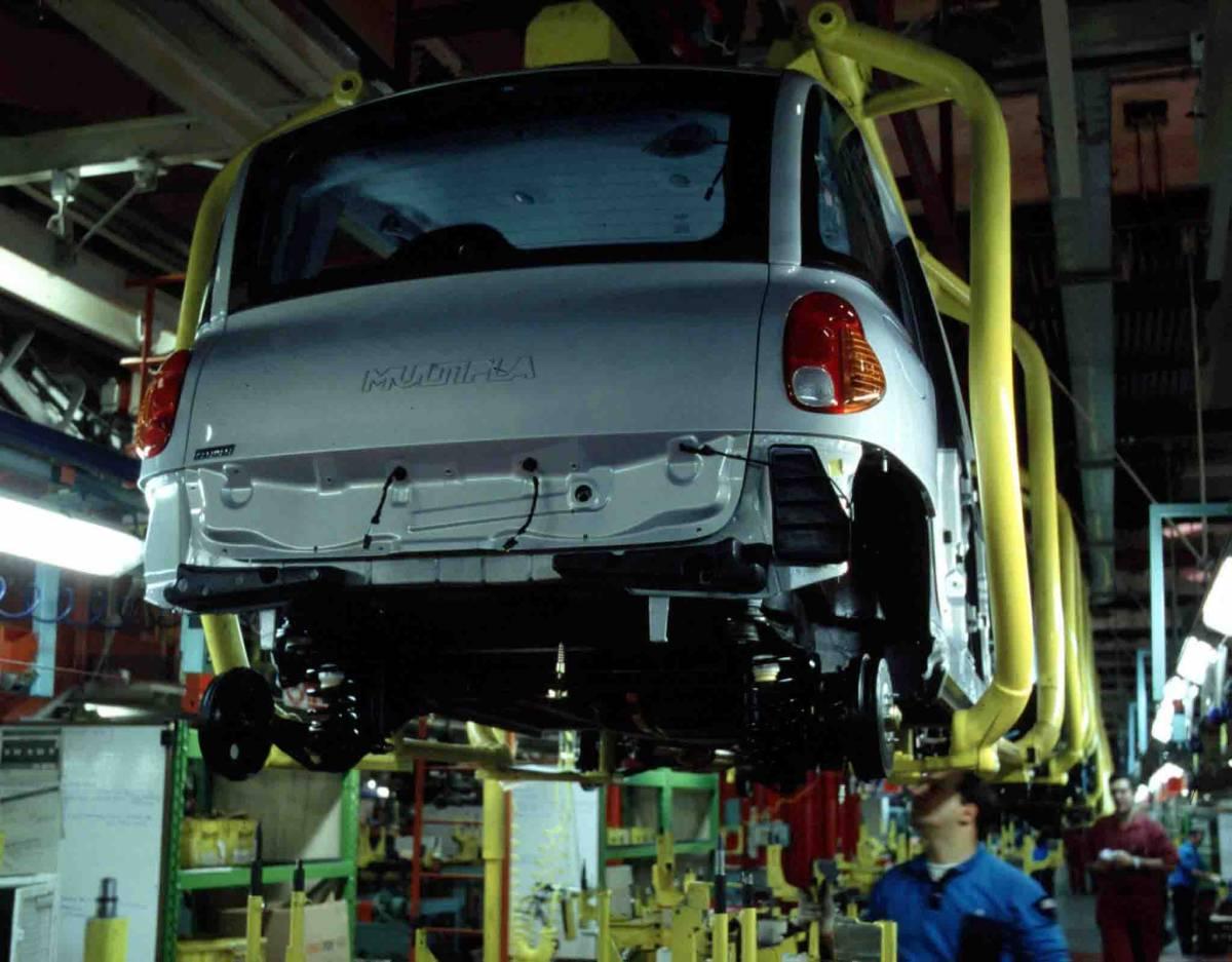 Ora Magna vuole Opel  Fiat pronta alla guerra   contro la russa Gaz