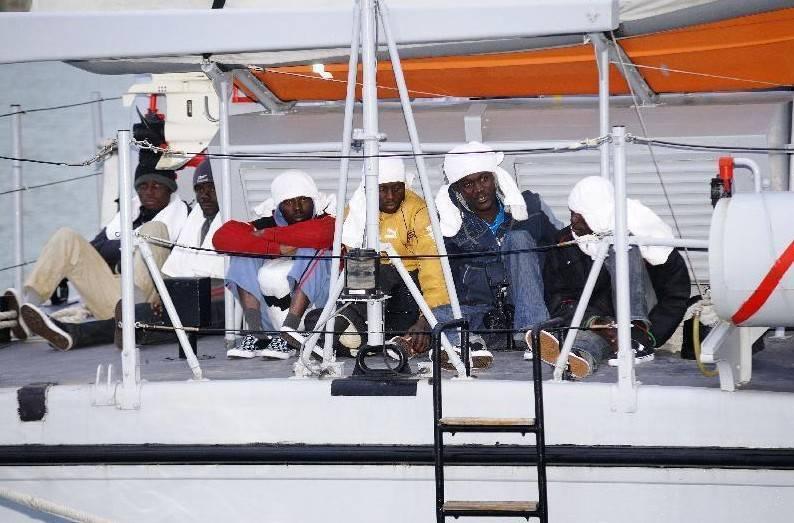 Algeria, bloccati immigranti diretti in Italia e Spagna