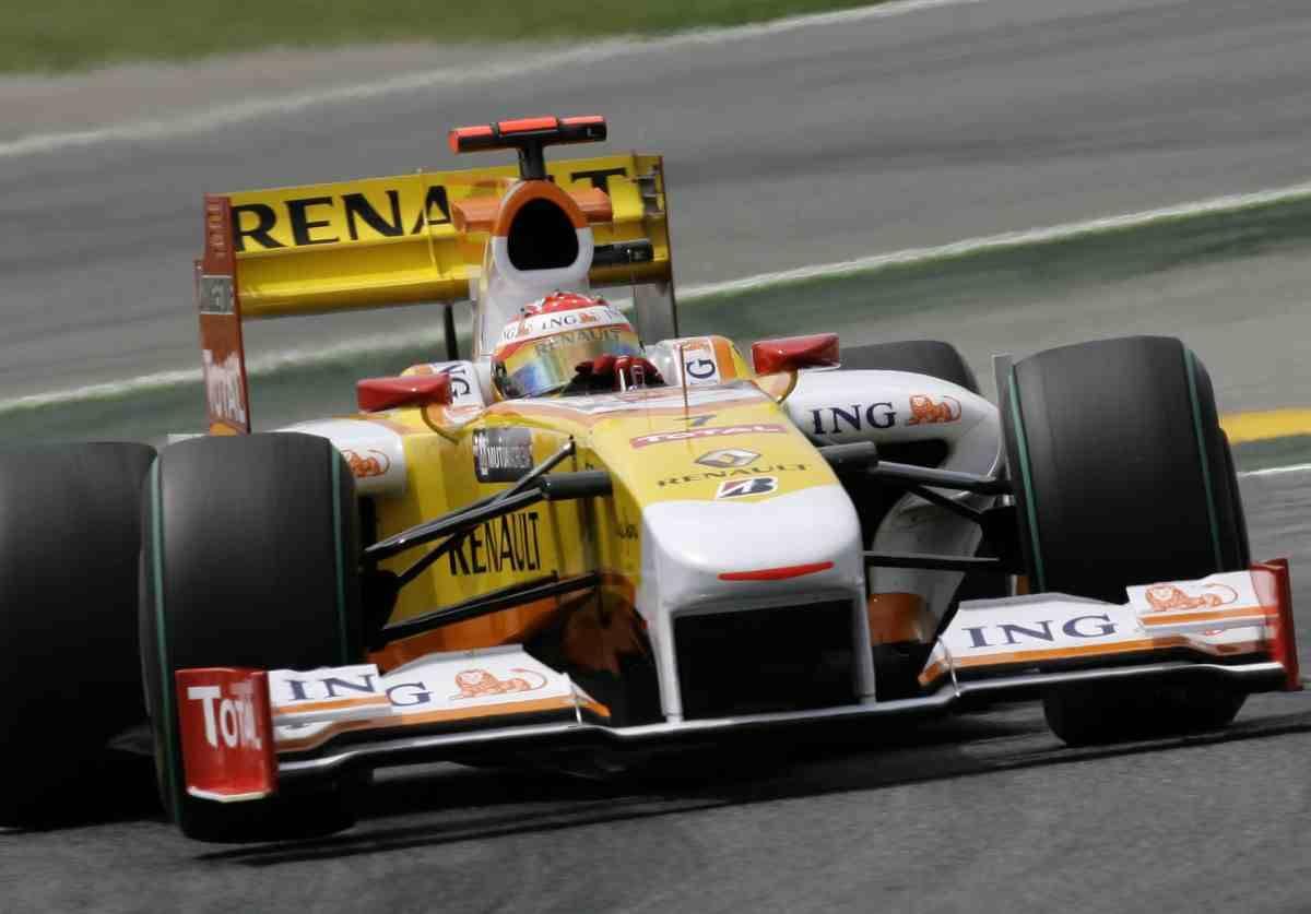 Dopo Ferrari anche Renault  dà l'addio al mondialedi F1