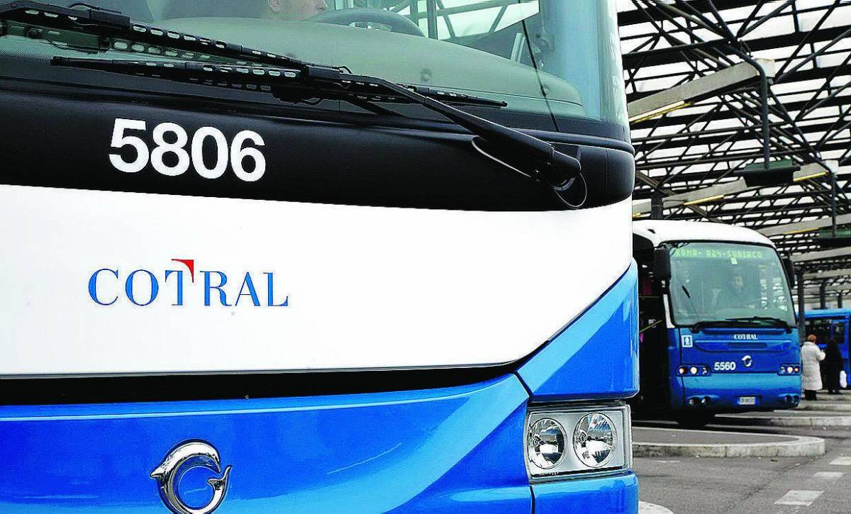 Vandali Oltre due milioni di danni per i bus Cotral