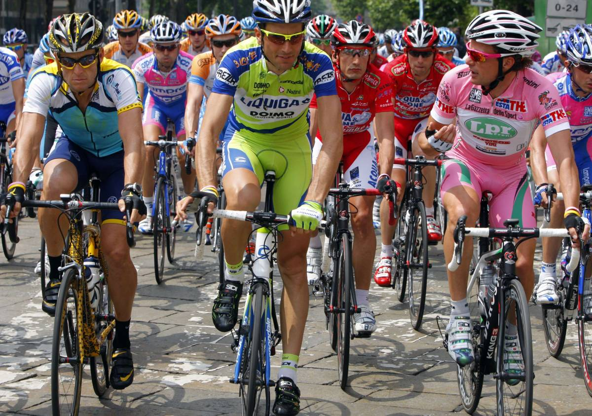 Il Giro tradisce Milano  Lo sciopero dei ciclisti