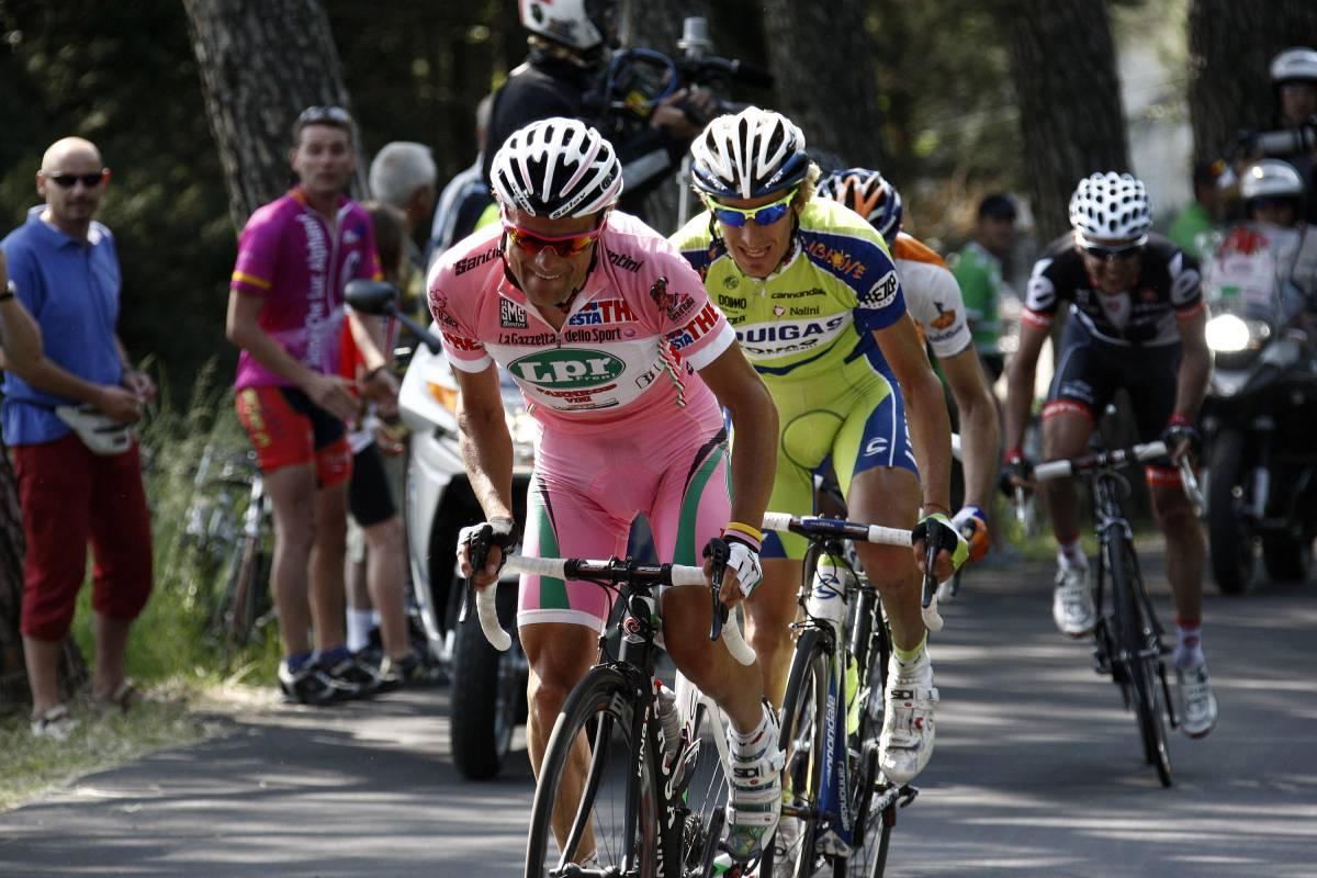 Di Luca in rosa vince  la tappa della storia