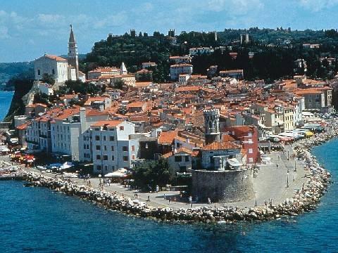 L'Europa si ferma a Pirano: Croazia fuori dalla Ue, colpa di una spiaggia