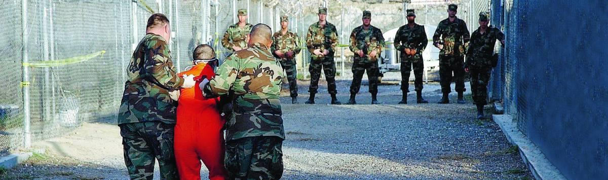Il Senato boccia Obama: Guantanamo non chiuda