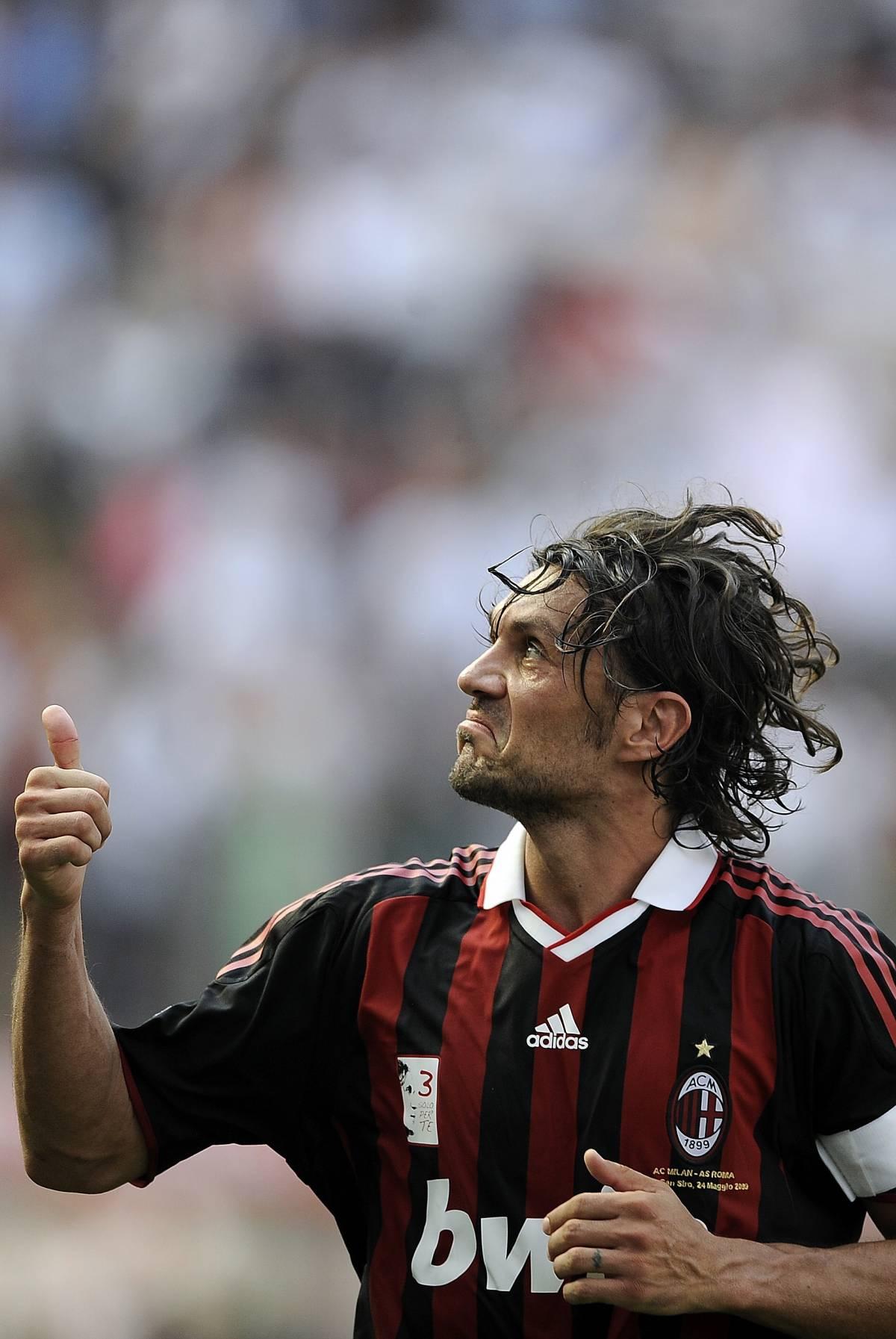 Il Milan liquida Ancelotti  E gli ultrà capitan Maldini