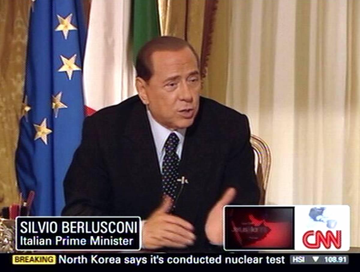 """Caso Noemi, Berlusconi alla Cnn: """"Mai mentito"""""""