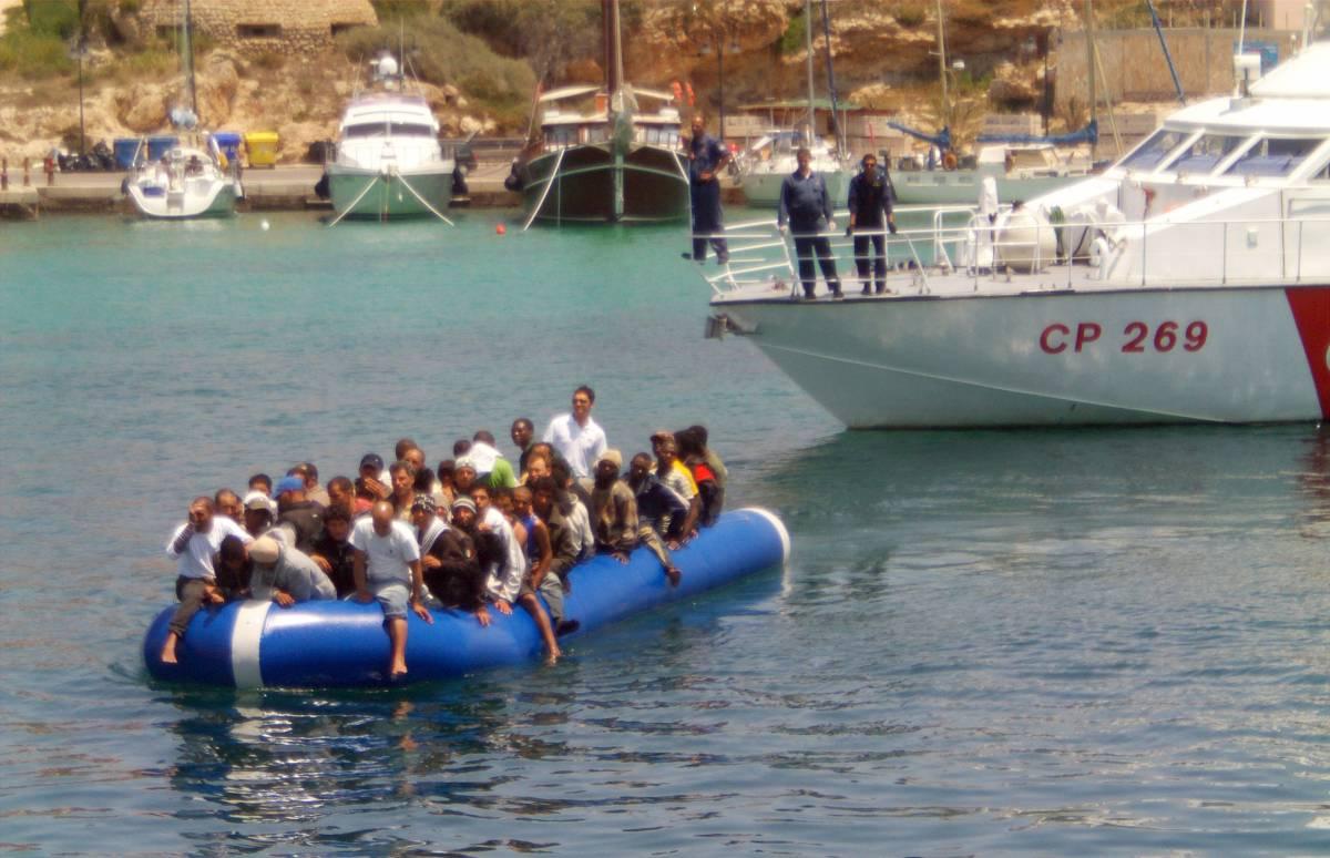 Frattini: Libia pronta a collaborare  con l'Unhcr per i rifugiati
