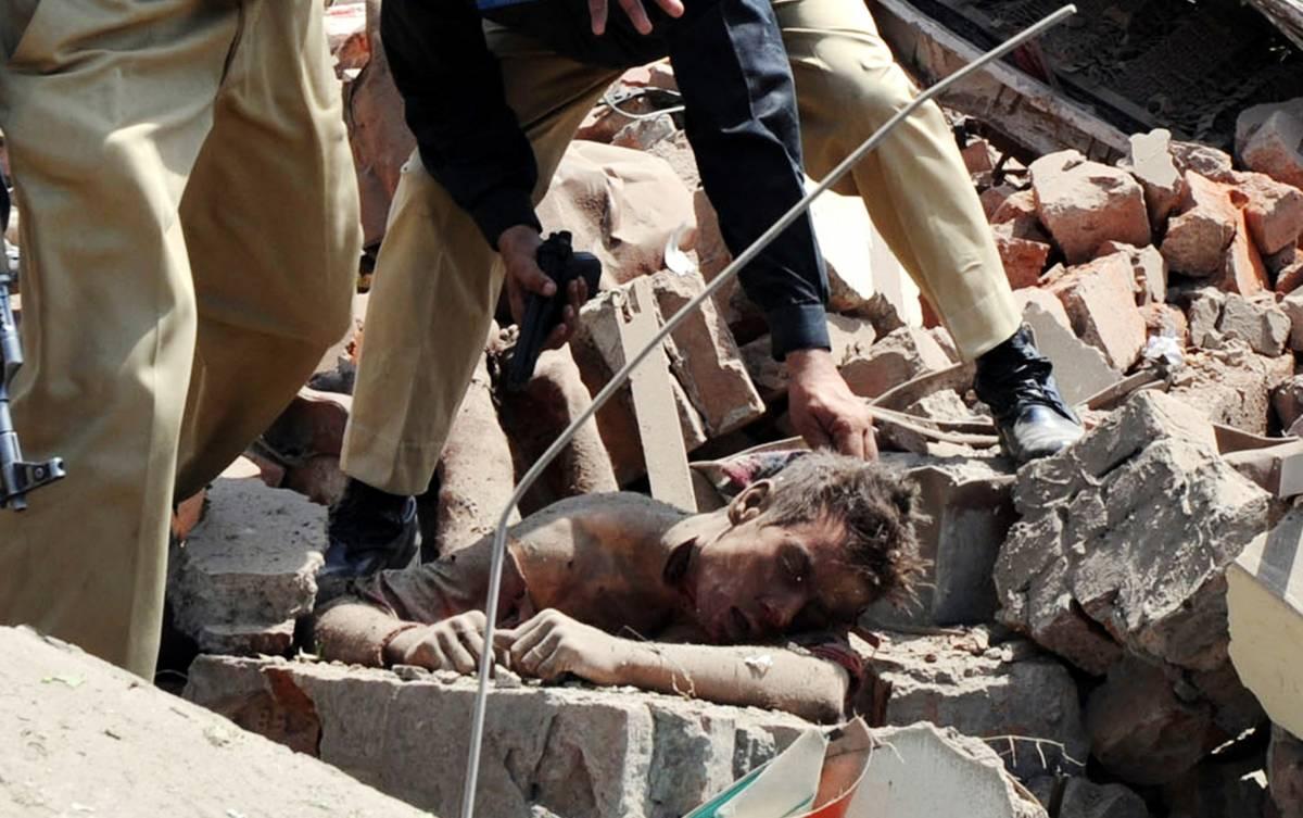 Pakistan, attentato: 40 morti