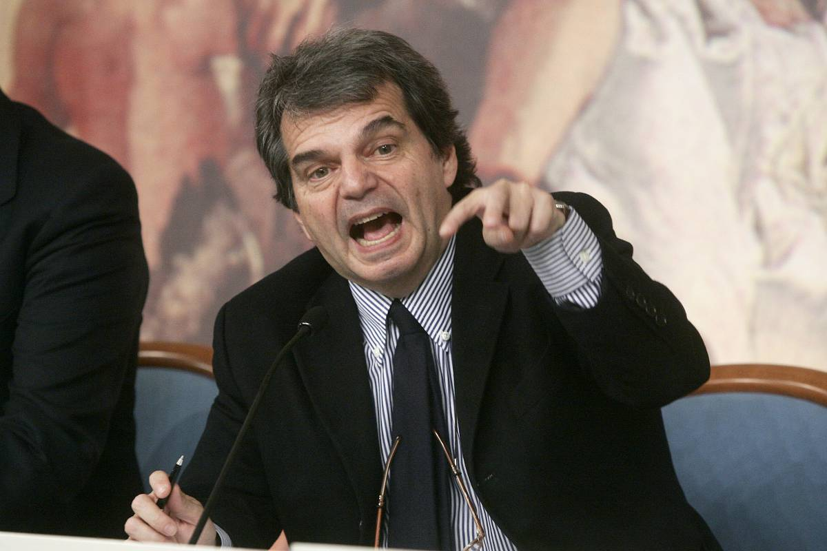 """Brunetta: """"Stop ai poliziotti-panzoni in ufficio"""""""