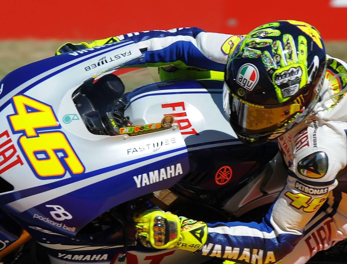 Mugello, Rossi beffato sul filo  da Lorenzo, Stoner e Capirossi