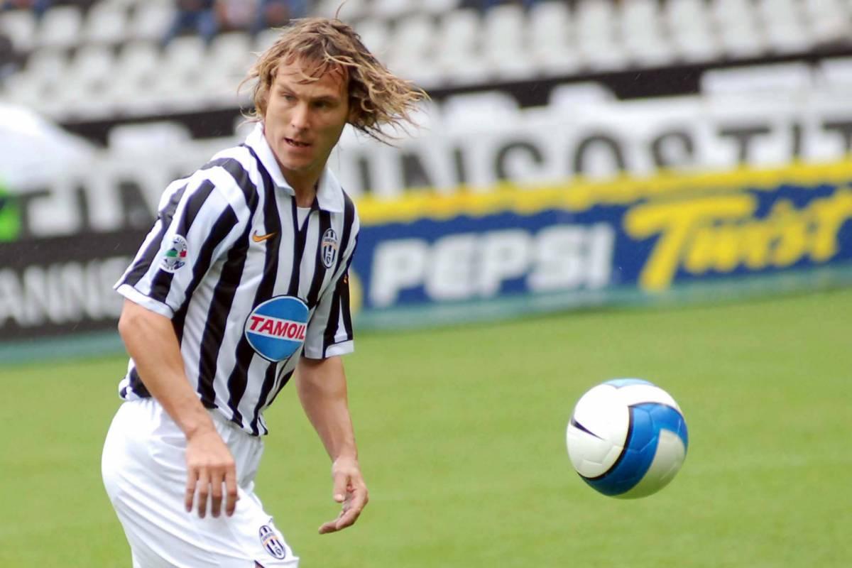 Nedved lascia la Juve, ma non il calcio