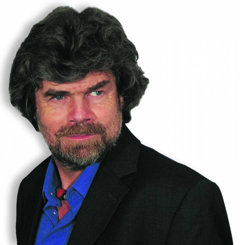 Messner si sposa, la Merkel non ci va