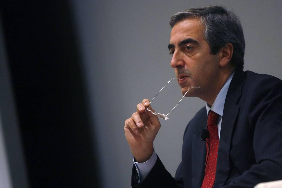 """Bari, Gasparri attacca Vendola: """"Politico fallito""""  Lui replica: """"Si occupi del marciume di destra"""""""