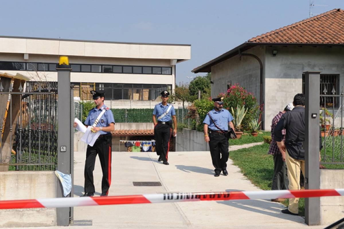 Varese, appena licenziato: uccide moglie e figli