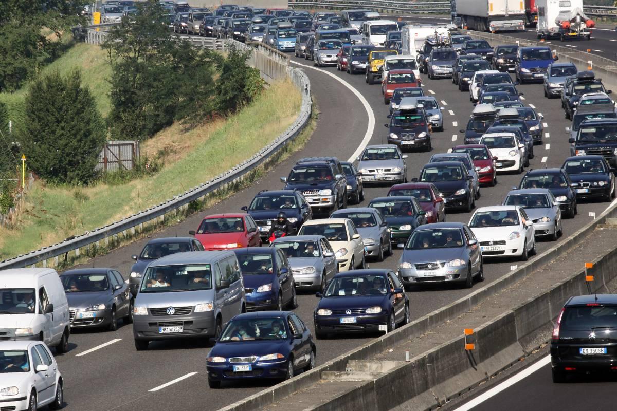 Esodo, traffico intenso: code e rallentamenti  Passante di Mestre, l'Antitrust avvia istruttoria
