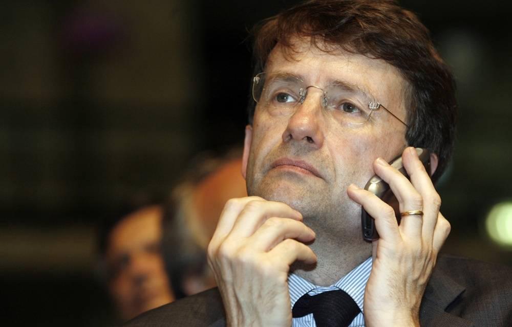 """Bari, scontro nel Pd: no a metodi autocratici  Gasparri: """"Vendola si dimetta e chieda scusa"""""""