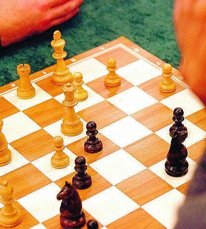 Ora il corso di scacchi vale più di teologia