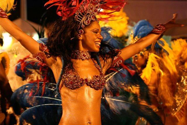 In festa col Carnevale:  a Milano come in Brazil