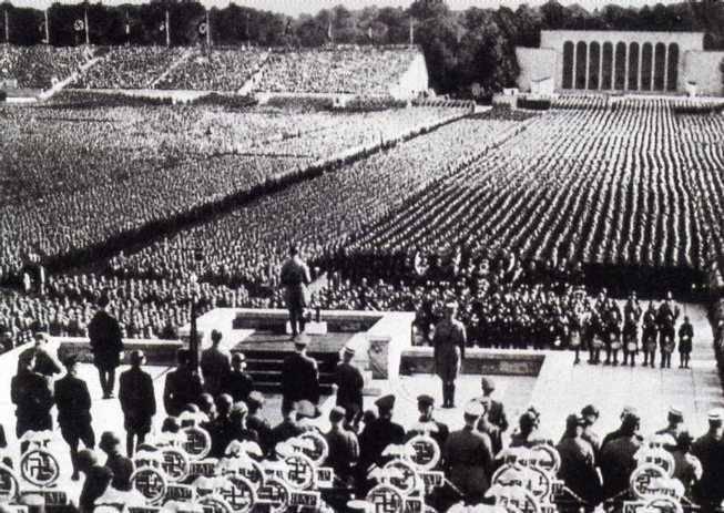 """Le """"schiave del sesso"""" naziste:  ecco cosa succedeva nei lager"""