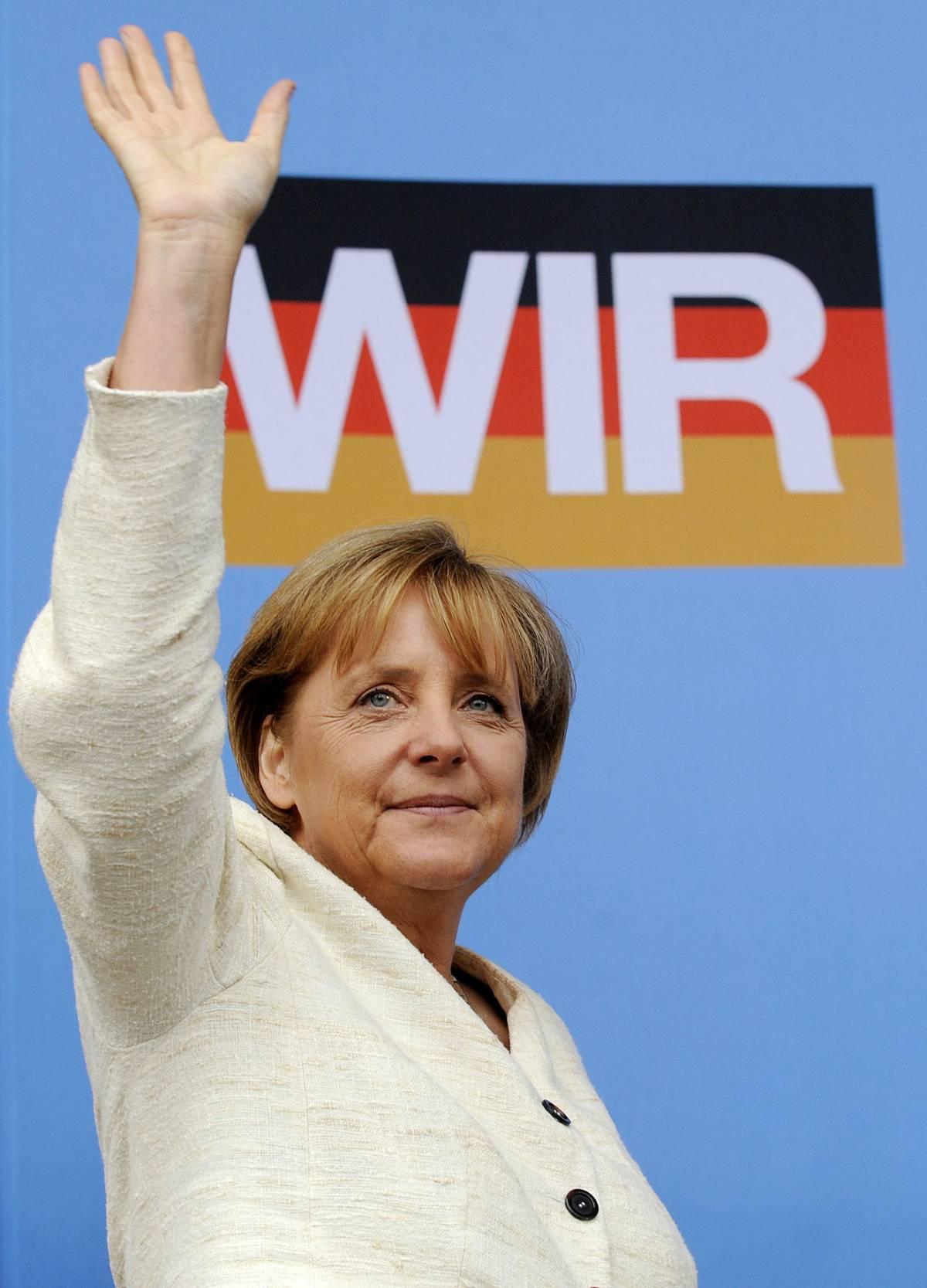 """Forbes: Merkel la donna più potente  E Marina Berlusconi """"batte"""" Michelle"""