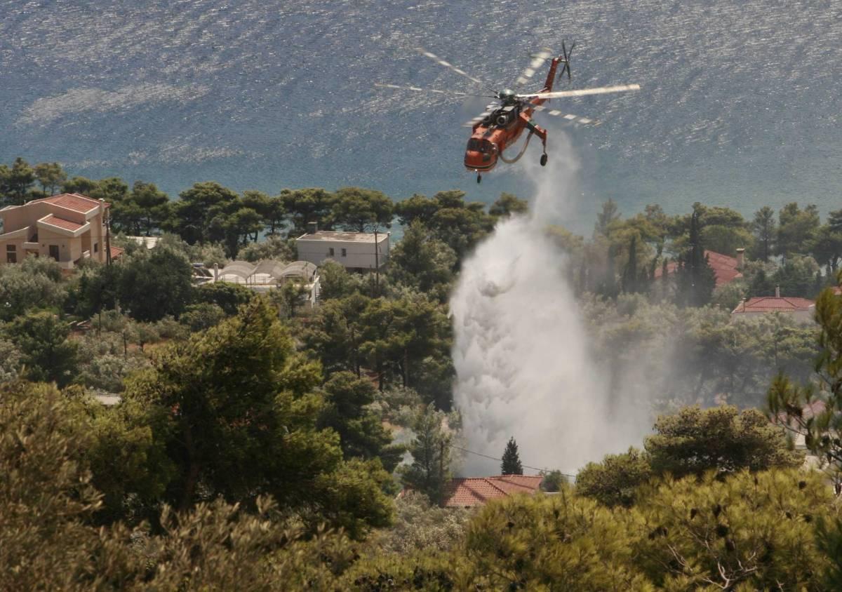 Grecia, dopo 3 giorni il fuoco è sotto controllo