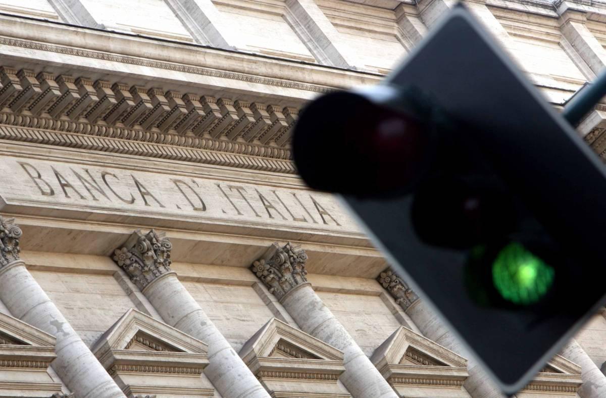 """Finita l'era """"Bot-people"""",  i titoli di Stato al ribasso:  i rendimenti quasi a zero"""