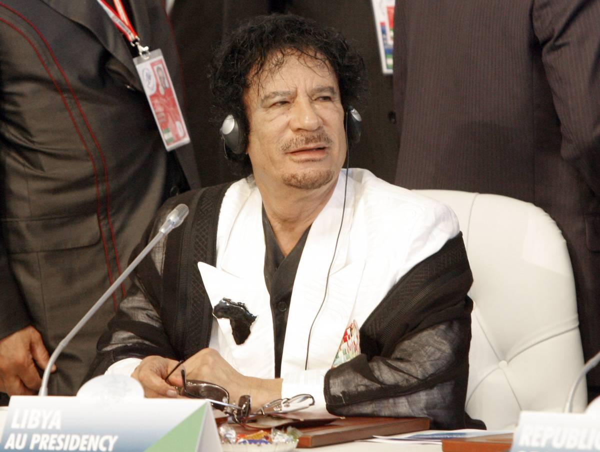"""Libia, no di Italia, Francia e Russia a Gheddafi  La Farnesina: """"Berlusconi non andrà alla festa"""""""