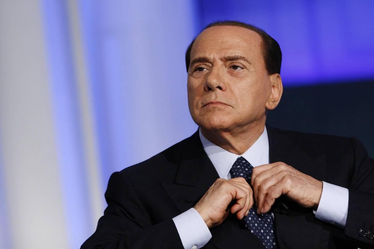 """Berlusconi sulle dieci domande di Repubblica:  """"Direttore evasore, ad altro giornale risponderei"""""""