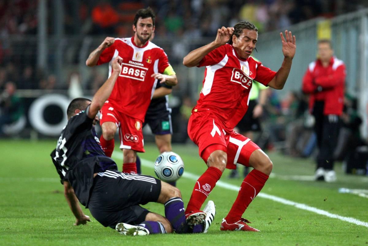 Calcio sotto choc in Belgio  per una gamba spezzata