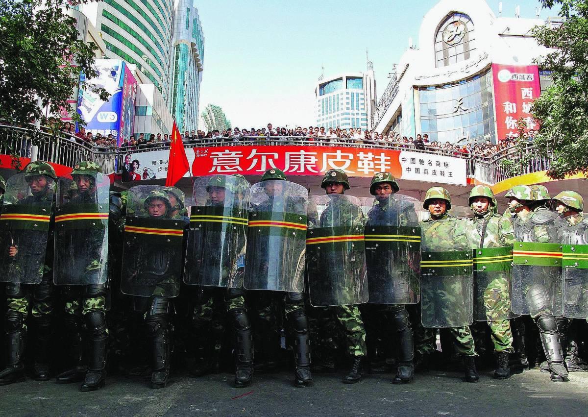 Mossa disperata degli uiguri   Siringhe contro gli oppressori