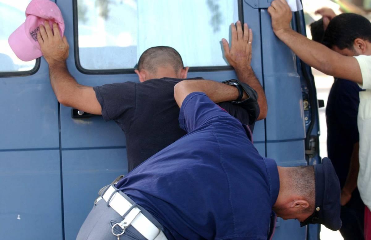 Giudice di pace assolve  clandestino: reato lieve