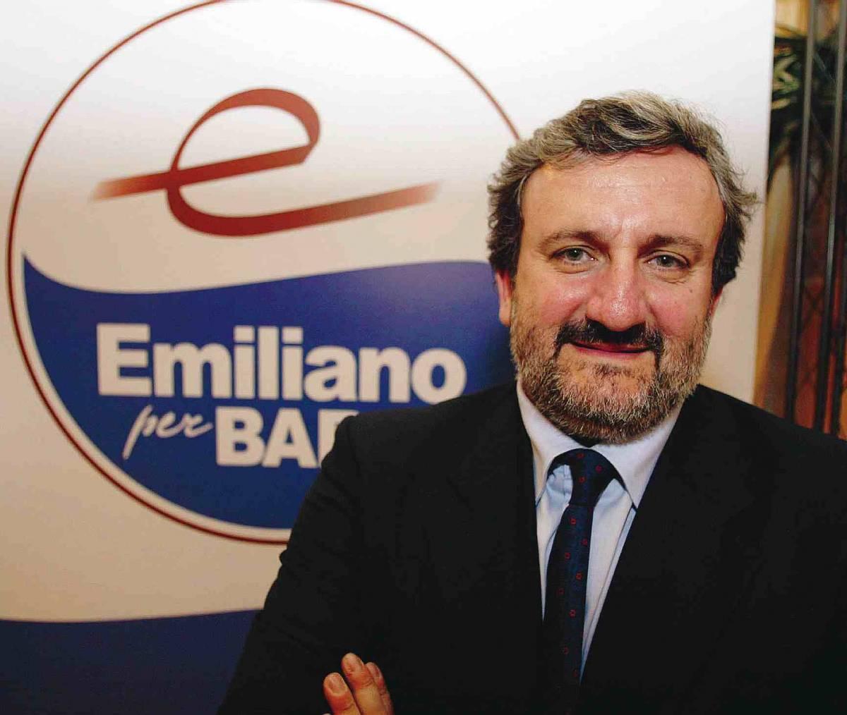 """Emiliano: """"C'è del marcio attorno a D'Alema"""""""