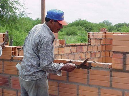 Lavoro offresi a commessi e muratori  Cgia Mestre: servono 524mila persone