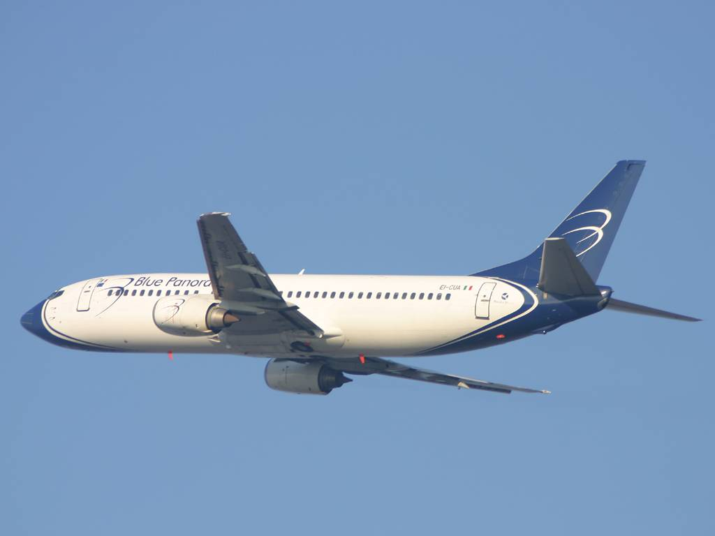 Aeroporto Brindisi, evitata collisione   tra aereo passeggeri e ricognitore