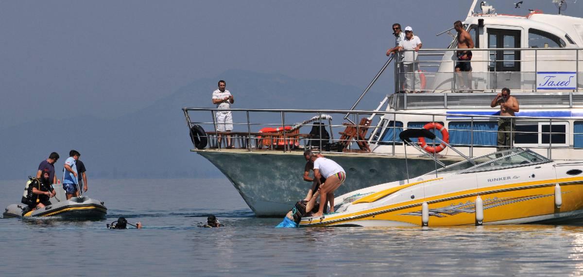 Macedonia, battello turistico  affonda nel lago: 22 i morti