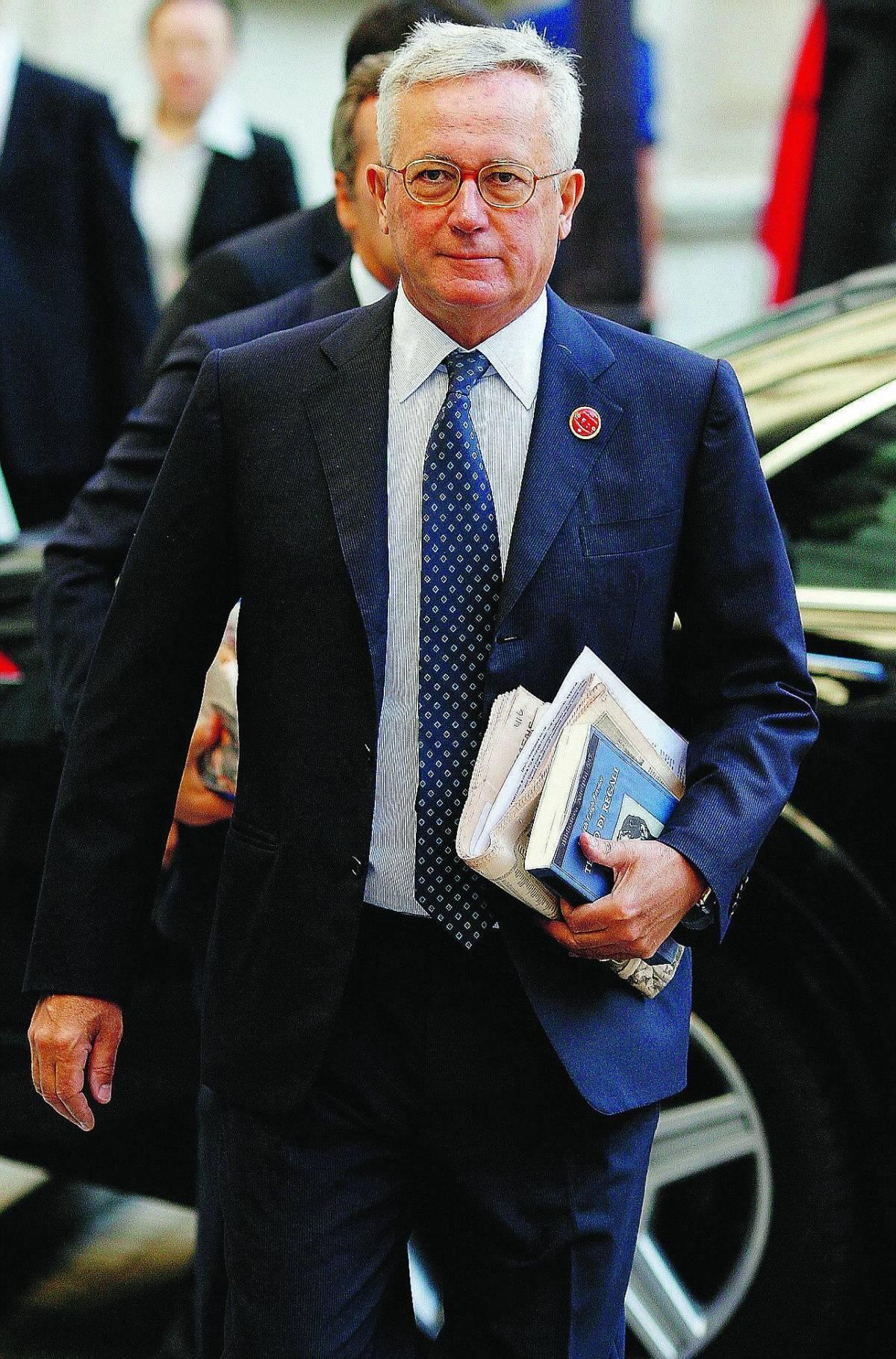 Tremonti: «Le banche non possono comandare su governi e politica»