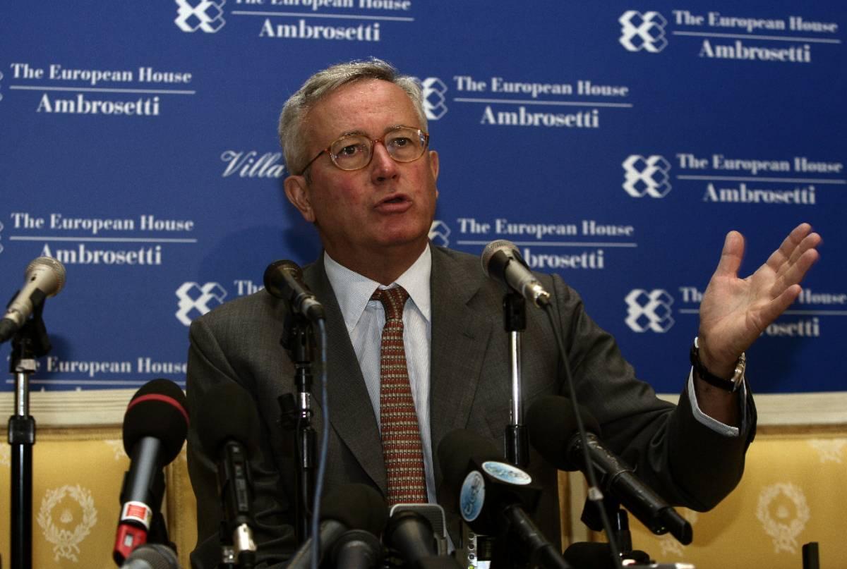 """""""Certi banchieri non fanno l'interesse dell'Italia"""""""