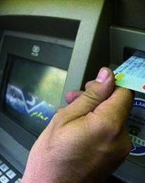 Arrestati Gita fuori porta per clonare i bancomat
